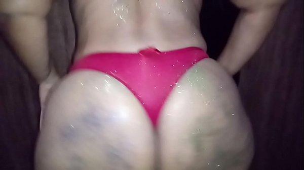 Brasileirinha sexo carnaval da esposa fantasiada querendo rola