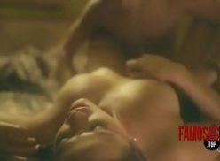 Bruna marquezine nua mostrando os peitos bonitos e tudo mais