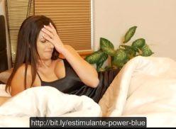 Mulheres peitudas cavalgando na rola grossa em video porno