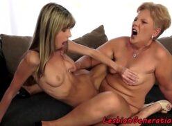 Velhas lesbicas em video porno esfregando a buceta