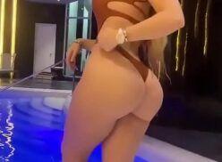 Vanessa bohorquez sensualizando em vídeo online grátis